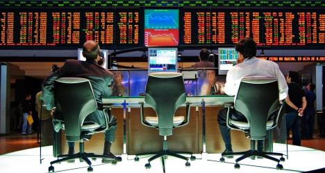 Quelques questions sur la valorisation des actions et leur comportement en bourse